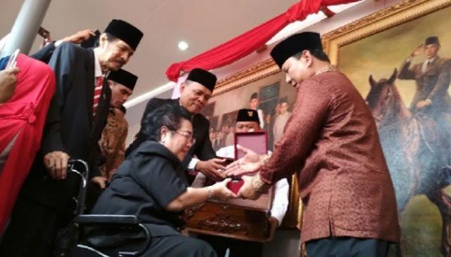 Merasa Logistiknya Cukup, Prabowo Tolak Sumbangan Rp.1 Triliun dari Rachmawati