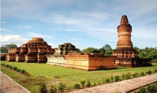 Kerajaan Sriwijaya dipimpin oleh Dapunta Hyang Sri Jayanasa sebagai raja  pertama. 4b301b1d04