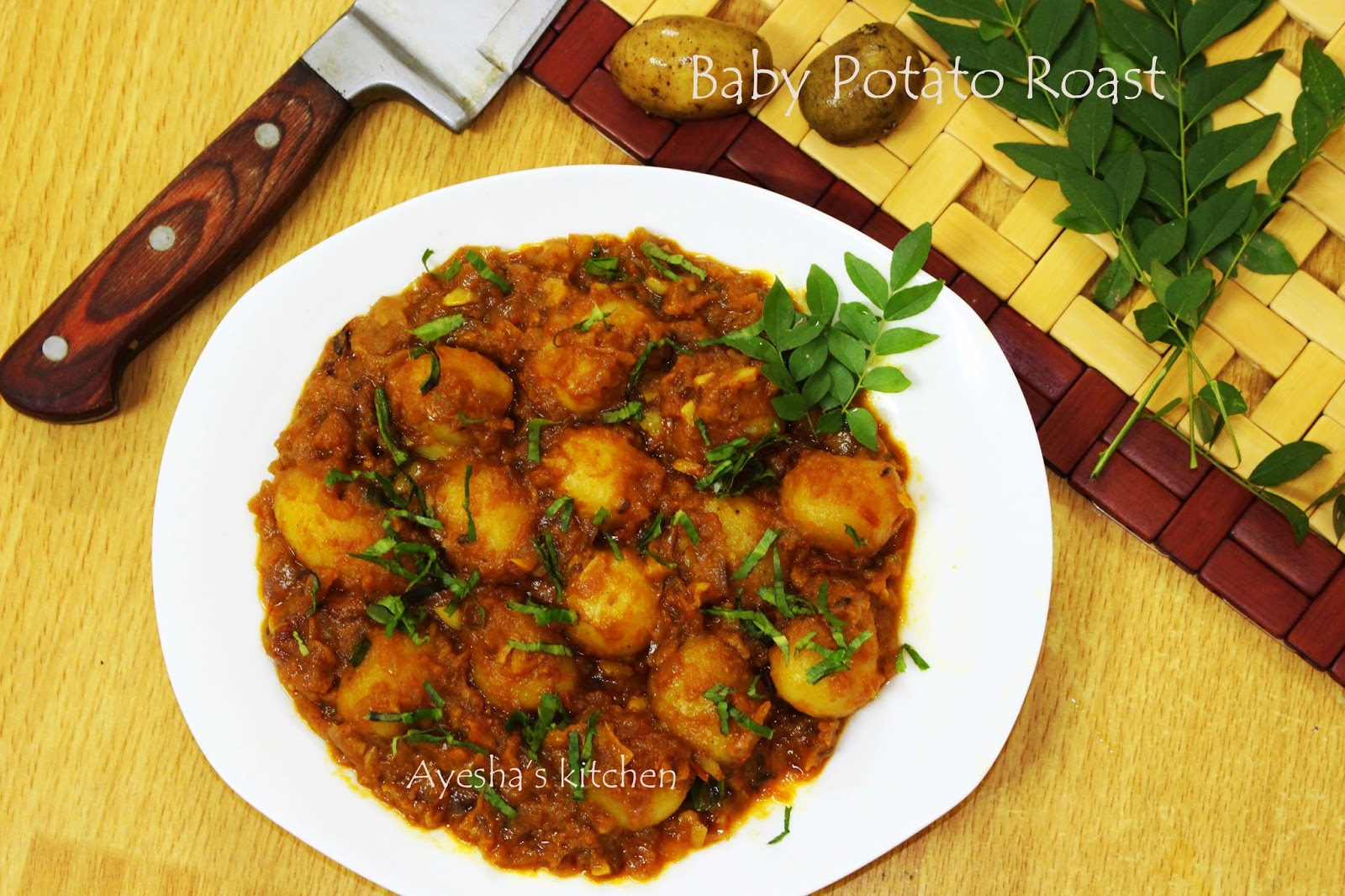 Spicy indian curry with baby potatoes baby potato roasted recipes roasted baby potato recipes forumfinder