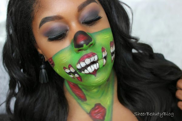 makeup of zombie with smokey eye makeup
