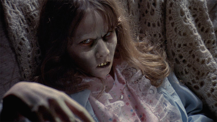 Linda Blair in DER EXORZIST - DIRECTOR'S CUT (William Friedkin, 1973/2001). Quelle: Screenshot Warner Blu-ray (skaliert)