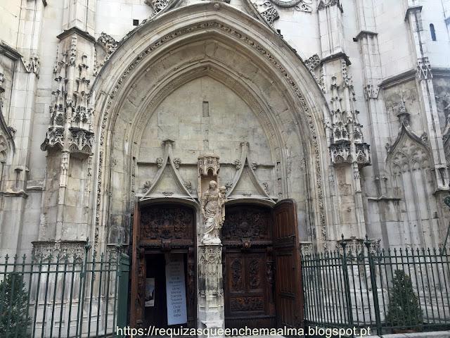 Portas em madeira, Igreja de Saint Pierre, Avignon