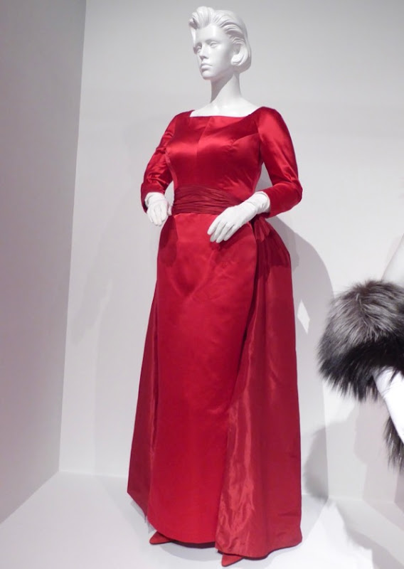 Jessica Lange Feud Joan Crawford gown
