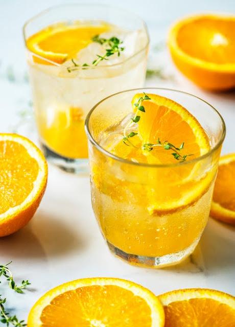 Turmeric lemon face pack