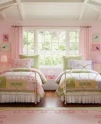 cuarto para dos niñas