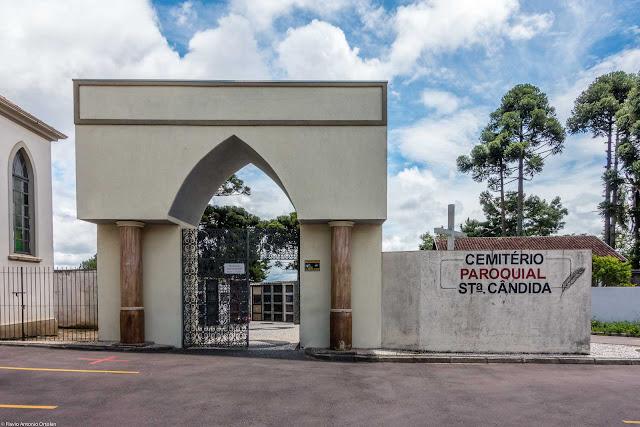 Entrada do Cemitério Paroquial Santa Cândida