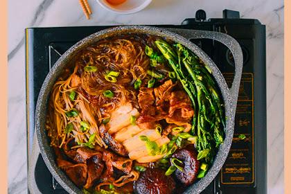 Sukiyaki Recipe - A One Pot Meal