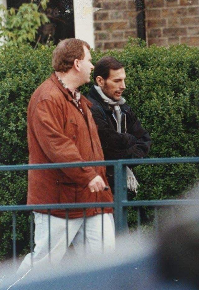 Last known photo of Freddie Mercury, September 1991 ... |Last Picture Of Freddie Mercury Alive