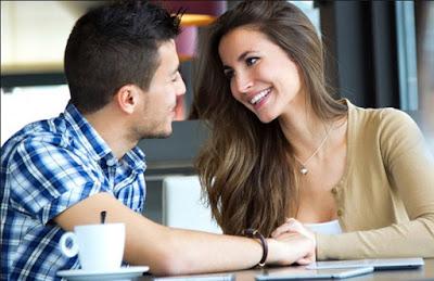 6 Hal Kecil Yang Diam-diam Disukai Pria Dari Wanita