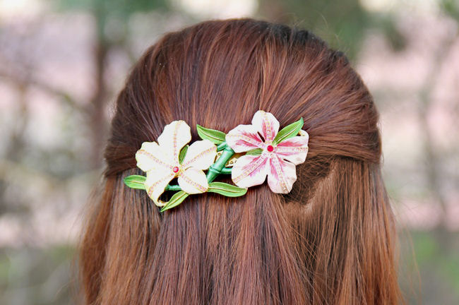 statement flower hair pin