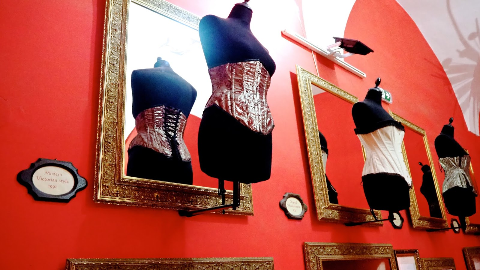 historical corsets