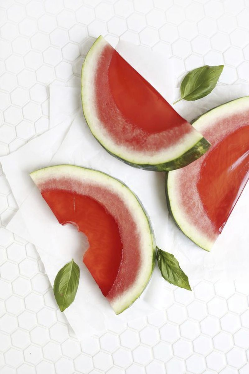 Watermelon Birthday Party Ideas - diy crafts, food, cake, decorations, printables and fun favors for your sweet party theme! via BirdsParty.com @birdsparty