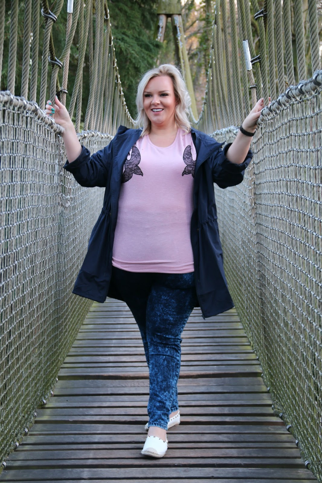 How To Enjoy A Spring Morning, Plus Size Fashion, WhatLauraLoves, Yours Clothing at The Alnwick Garden
