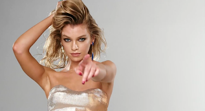 Day 18 : Stella Maxwell - 2016 LOVE Advent Calendar by Hype Williams