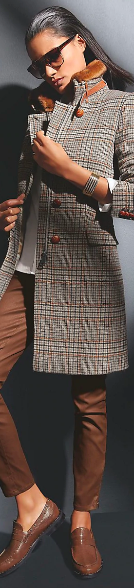 MADELEINE LONG CHECK COAT IN GREY/COGNAC