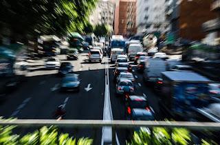 Casi la mitad de los españoles usa a diario un vehículo para trabajar