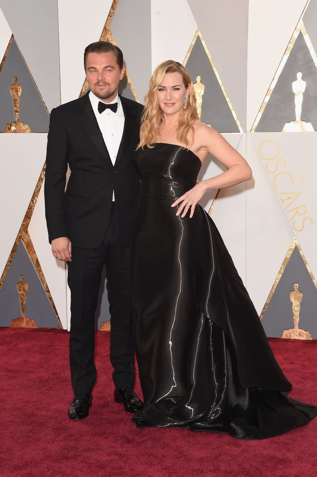 Kate and Leonardo reunite at the Oscars 2016