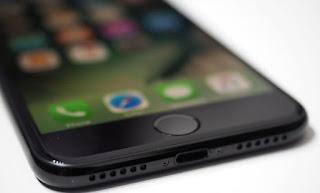 Apple Akan Rilis Tiga Varian iPhone Pada 2017