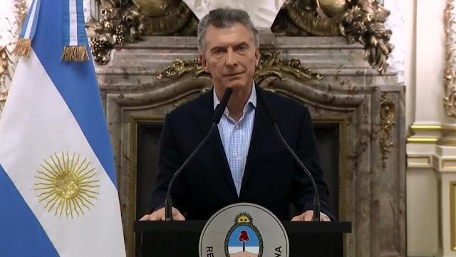 O presidente da Argentina, Mauricio Macri, anunciou que iniciou conversas com o Fundo Monetário Internacional para garantir uma linha de crédito ao país.