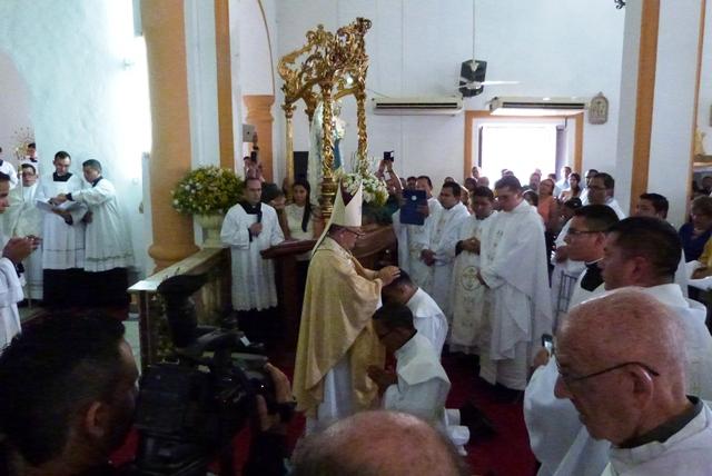 La-iglesia-catolica-tiene-dos-nuevos-sacerdotes-perijaneros