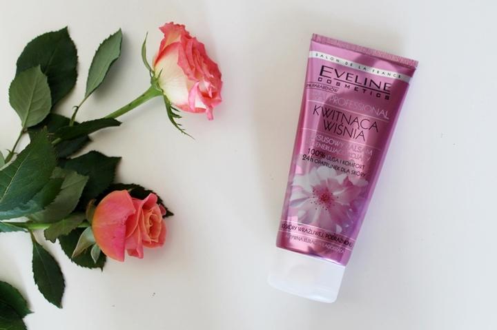 Luksusowy balsam regenerująco-kojący kwitnąca wiśnia Eveline