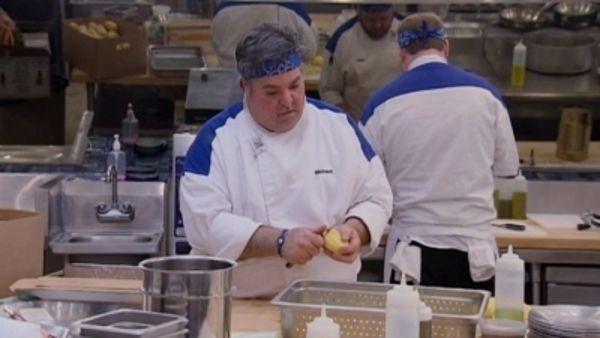 Hell's Kitchen - Season 12 Episode 13: 9 Chefs Compete