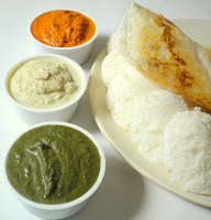 Idlis with tricolour chutney