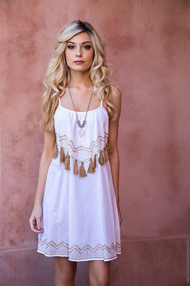 Moda vestidos primavera verano 2019 ropa de moda mujer.