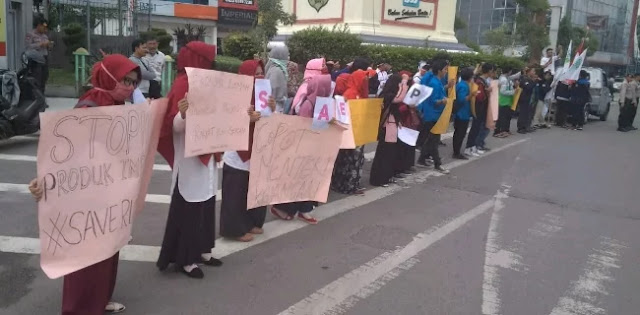 Mahasiswa Medan Minta Jokowi Copot Sri Mulyani Dan Perry Warjiyo