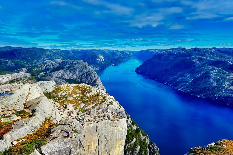 Skała w Norwegii - klif Preikestolen - Pulpit Rock