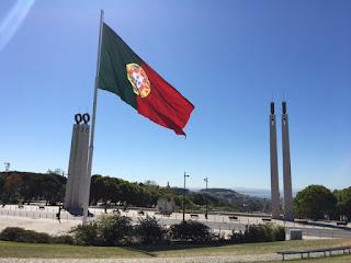 Parque Eduardo VII visto de cima, com bandeira de Portugal