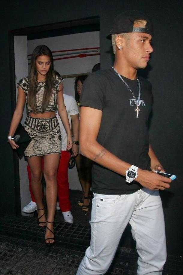 Neymar And Bruna Instagram 2014