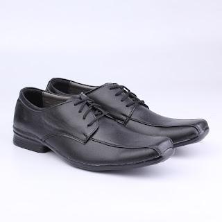 sepatu kerja pria,sepatu formal terbaru,grosir sepatu kerja pria,gambar sepatu kerja kulit asli