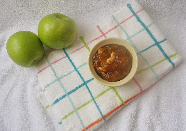 Apple Halwa   Indian Sweet Recipe   step by step pictures
