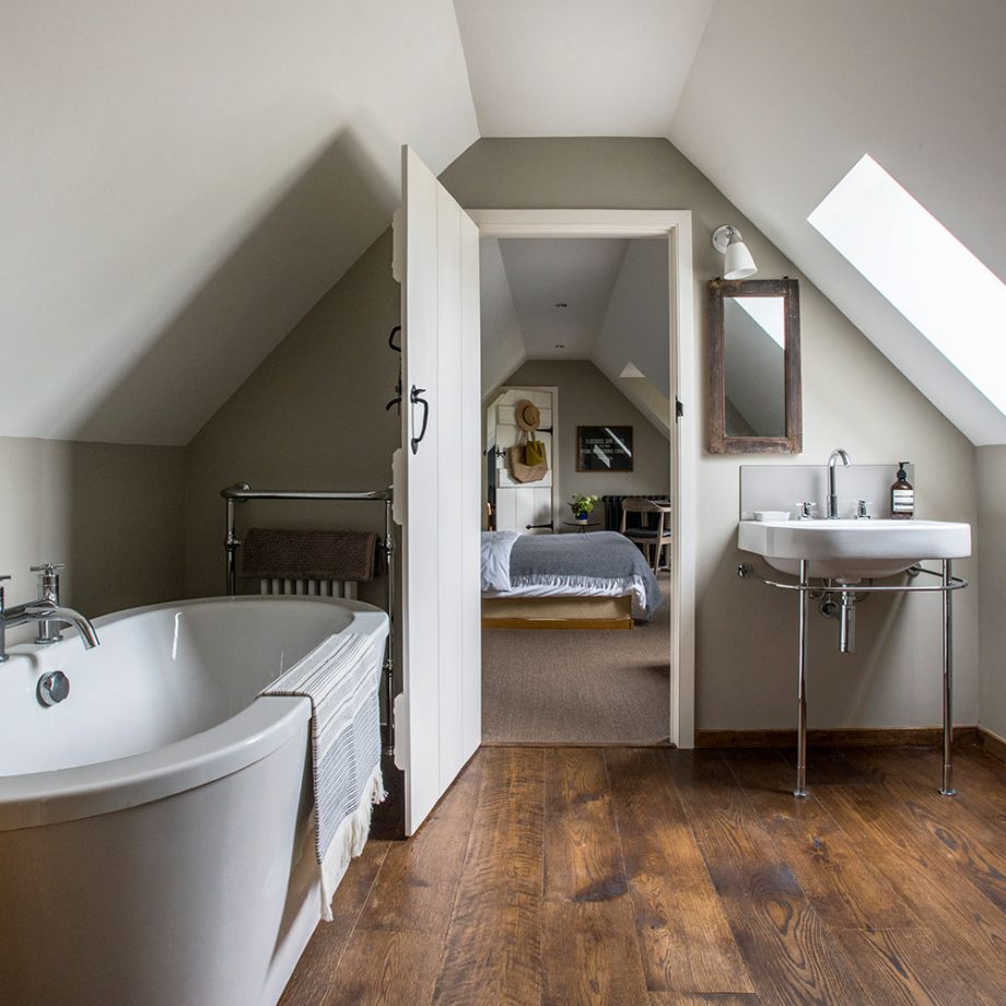 Lismary 39 s cottage una splendida dimora nel derbyshire Six bathroom design tips