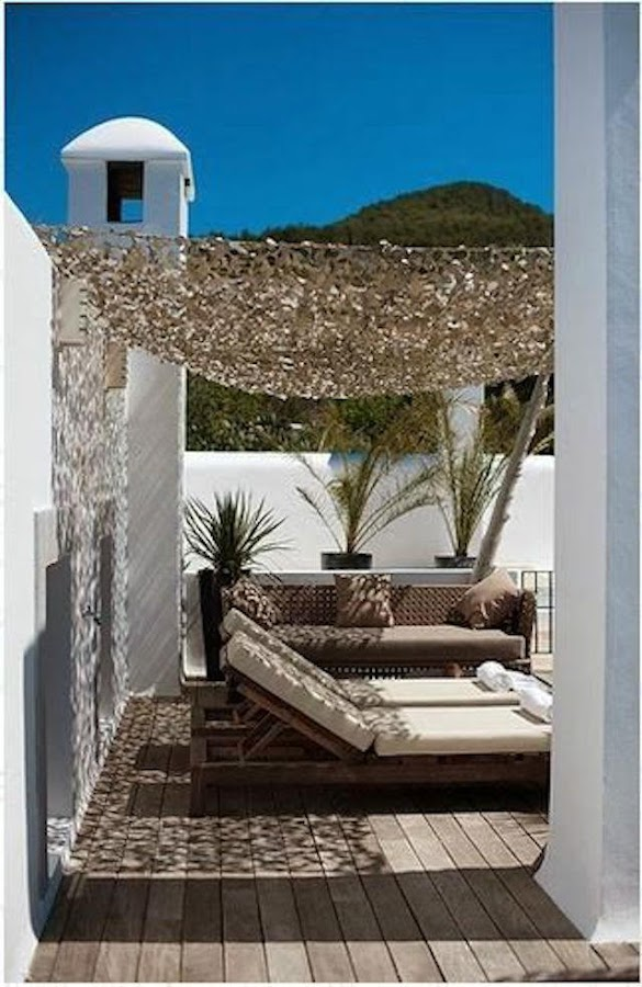 4 toldos originales (y low cost) para tu terraza o balcón. Toldo de malla