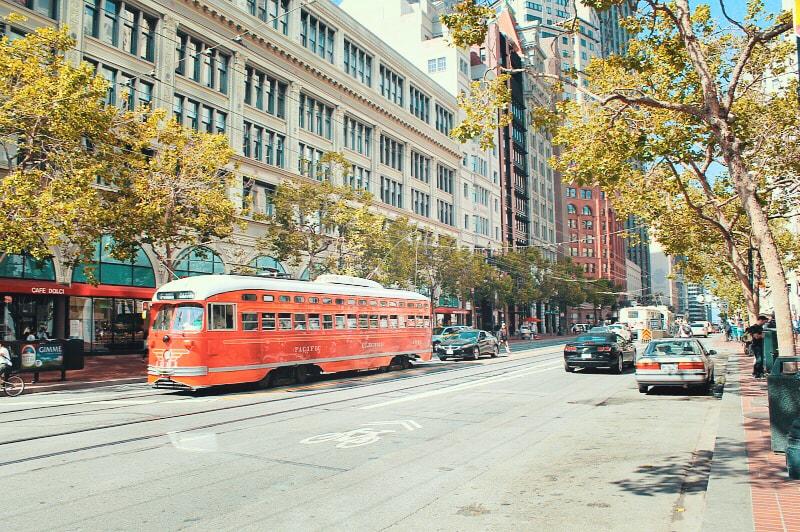 cosa-vedere-san-francisco-market-street-tram