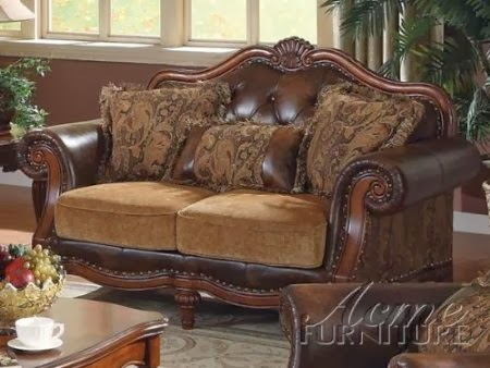 Acme 05496 Victorian Sectional Sofa With Three Pillows