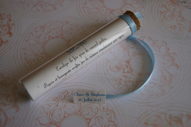 des magnolias sur ma voie lact e menus marque place et cadeaux invit s mariage romantique. Black Bedroom Furniture Sets. Home Design Ideas