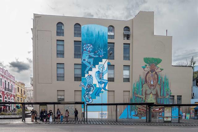 Parede de edifício na Travessa Nestor de Castro com grafite
