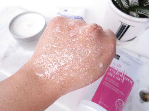 BVspa by Bon Vital Salt Scrub product texture