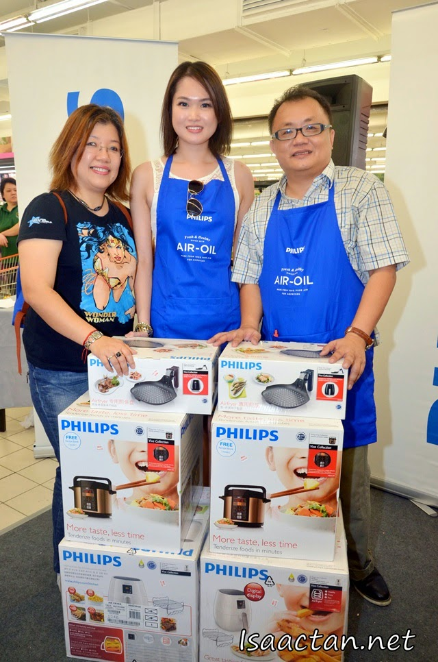 Congratulations to Kelly Siew and Sidney Kan for taking home multiple winning prizes from Philips