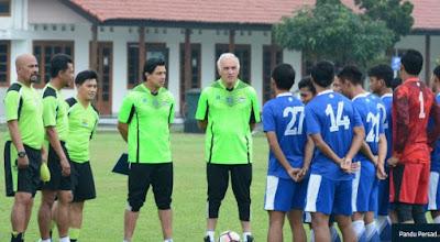 Tim Pelatih Persib Bandung