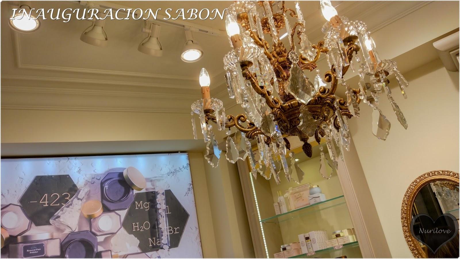 inauguración de tienda de cosmética y cuidados del cuerpo y también aromas para el hogar