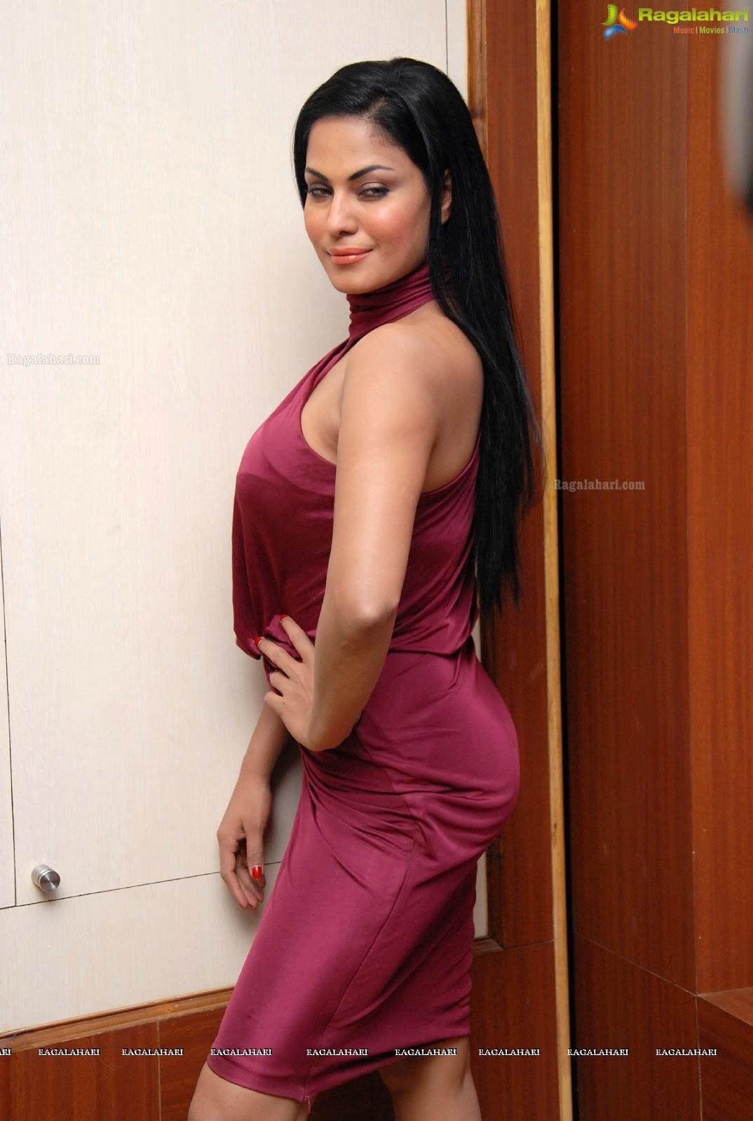 Pakistani Television Captures And Hot Models Veena Malik -9859