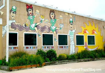 Uncle Bill's Pancake House in Wildwood, New Jersey - Wall Mural Street Art