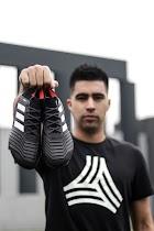 adidas diseña zapato Predator exclusivos para Cristhian Noboa