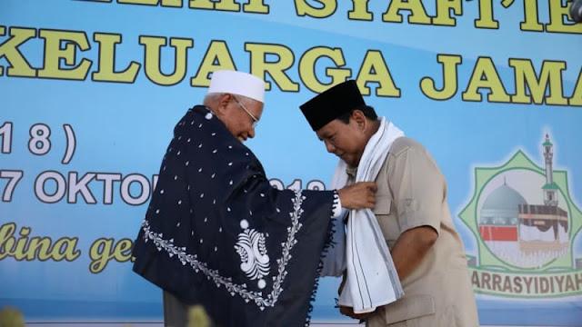 Prabowo ke Pesantren karena Dekat Ulama, Bukan Kampanye