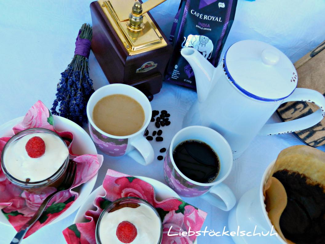Cafe Royal Mit Spatsommerlichem Himbeerkuchen Liebstockelschuh