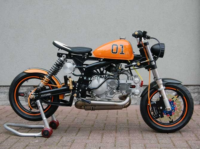racing caf honda monkey dukes of hazzard by t factorbikes. Black Bedroom Furniture Sets. Home Design Ideas